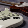 Atelier Zの裏メニュー的ギター2機種が入荷!